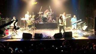 IRIE Y NO MAS GUERRAS   ZONA GANJAH (Video Oficial En Vivo HD)