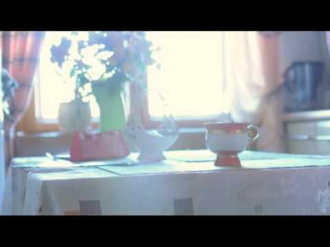 девушка пьет чай 2.mp4