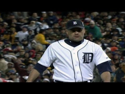 2006 WS Gm2: Rogers throws eight scoreless vs. Cards