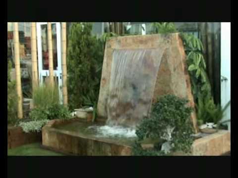 Cortina de agua con estanque viveros chaves youtube for Filtros para estanques de jardin