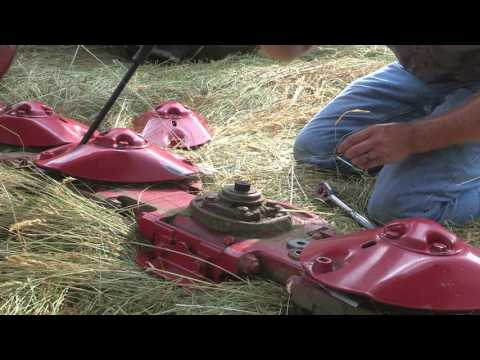 Cutterbar Protection - New Holland ShockPRO™ Hubs for Disc Mowers