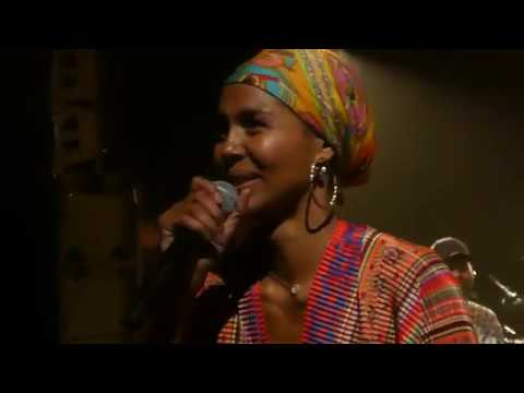 Download Ayo Down On My Knees Bouffes du Nord Paris 28/10/2017