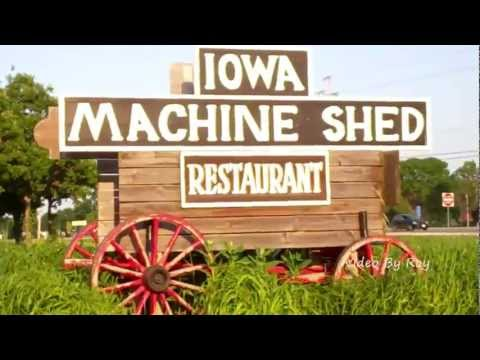 The Iowa Machine Shed Restaurant In Urbandale Des Moines Iowa