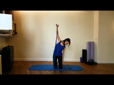 45-min-pilates-reformer-inspired-on-the-mat-(using-a-resistance-band)