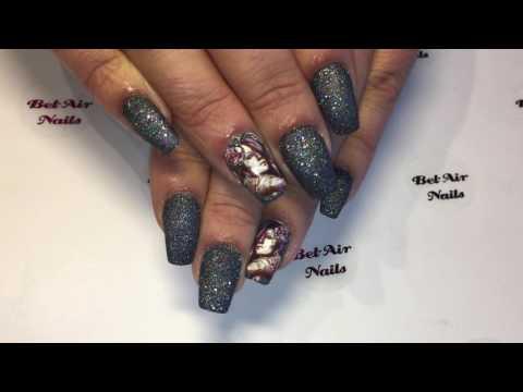 Bel-Air Nails Magic Diamond Holo Glitter.