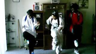 CEO CLIQUE - WATCH ME GET EM DANCE