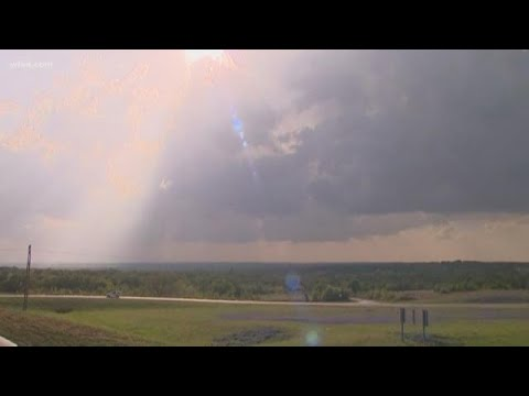 DFW Weather Timeline: Damaging Winds, Hail Likely — Plus, Airport Updates