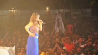 Video Preety Bhalla Performing GANDI BAAT/HUKKA BAR - JAMGRAAB CONCERT download MP3, 3GP, MP4, WEBM, AVI, FLV Juni 2018