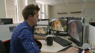 Repeat youtube video Gandalf shakes | Typical work day at the office