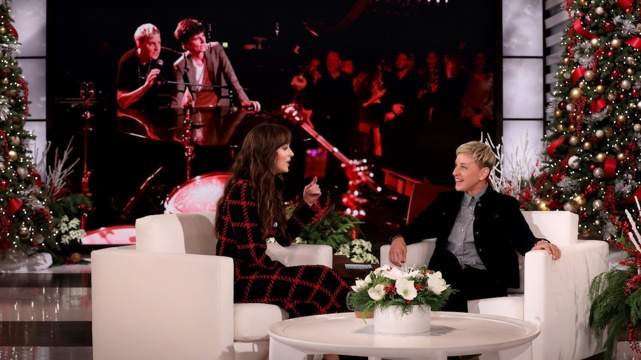 So, That Viral Dakota Johnson / Ellen DeGeneres Clip Is Way More ...