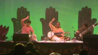 Pandit Vikash Maharaj  at Diwali Festival- New Zealand 2008