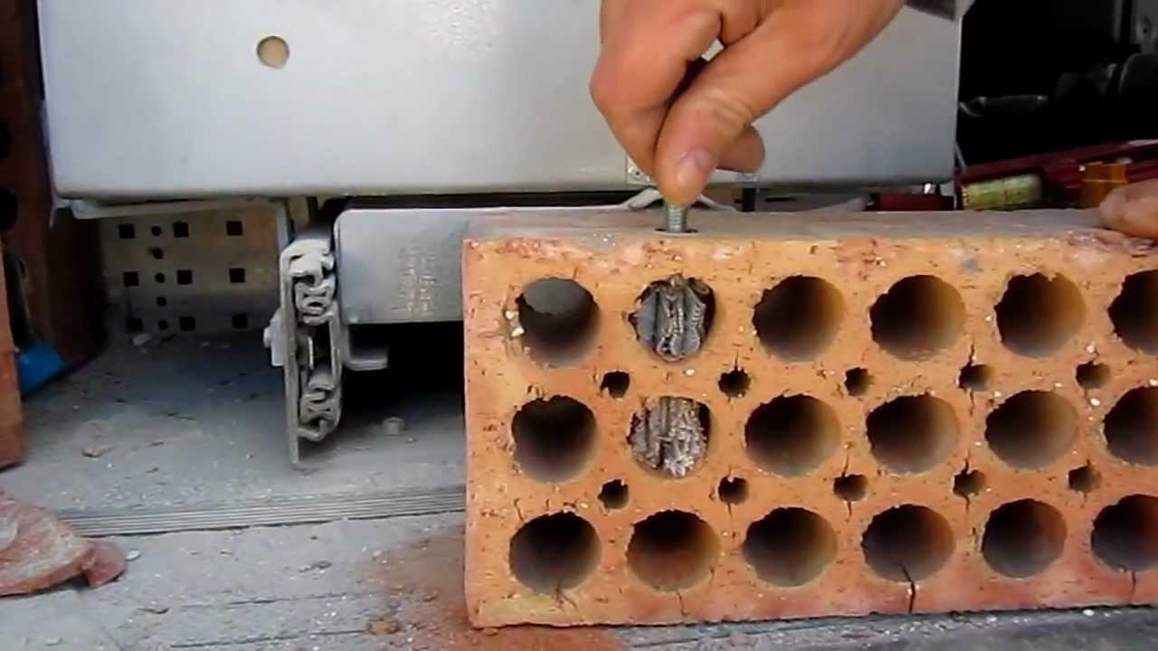 Colocaci n de anclaje qu mico en soporte hueco youtube - Instalacion de pladur en paredes ...