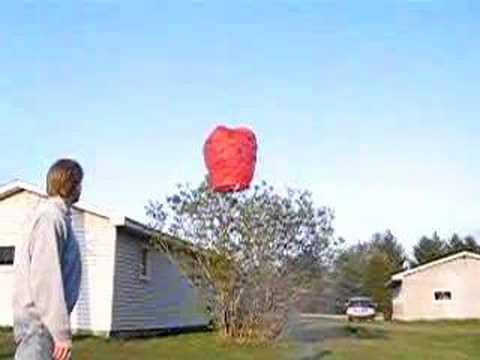Sky Lantern - Heavy Wind