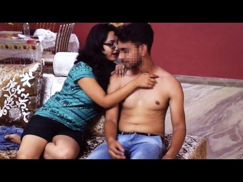 SEDUCING Delivery Boy Prank in India | SHOCKING REACTIONS | AVRprankTVKaynak: YouTube · Süre: 4 dakika56 saniye