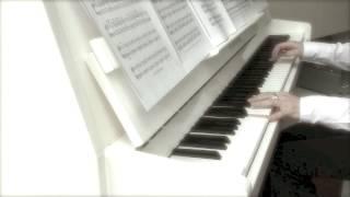 Ludovico Einaudi - Run / In a Time Lapse (solo piano)