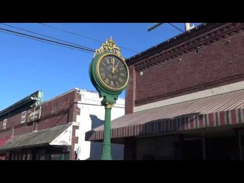 E. Howard Street Clock - Condy Jewelry - Glenn Allen Jewelry - Sedro Wooley, WA - video #2