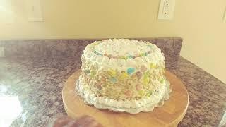 Vanilla cream lucky charm cake