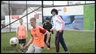 Manchester United's Marouane Fellaini is now getting skinned by schoolboys