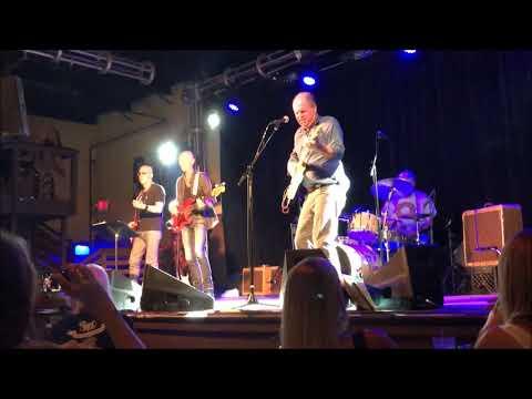 Pat McLaughlin - 3rd & Lindsley - WRLT Lightning 100.com Sunday Night Live