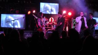 "LILLIAN AXE ""Love And War"" LIVE at the HOWLIN"