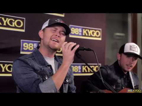 "Scotty McCreery | ""This Is It"" Acoustic Performance"