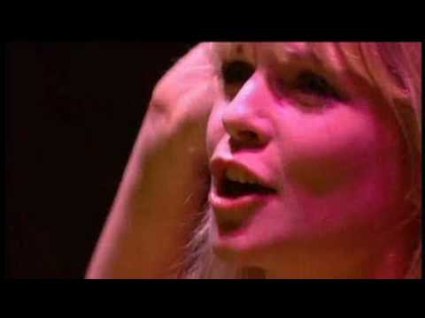 Tara Blaise - Breath (Acoustic Live)