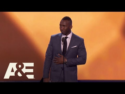 Mahershala Ali Wins Best Supporting Actor  22nd Annual Critics' Choice Awards  A&E