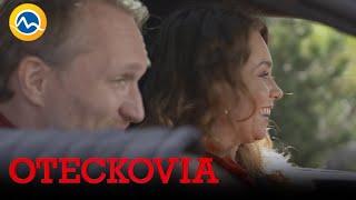 OTECKOVIA - Sisa dostala nové auto. Veď ho nevie šoférovať!