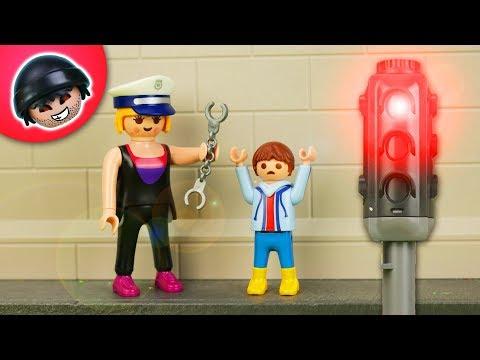 Polizistin Karla im Einsatz   Playmobil Polizei Film   KARLCHEN KNACK 307