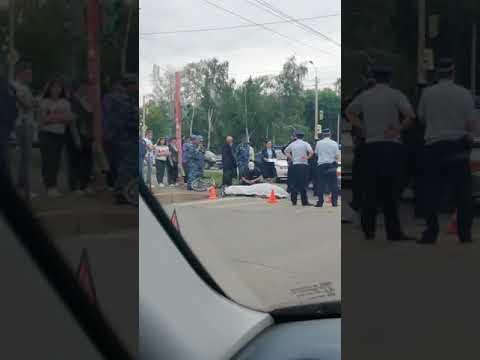 В Стерлитамаке экскаватор сбил велосипедиста (28.06.19)