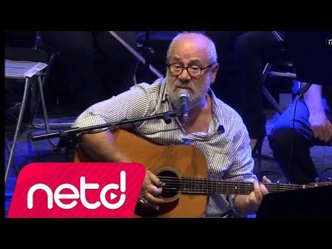Bülent Ortaçgil - Oyuna Devam (Live)