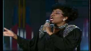 Gloria Gaynor - I will survive & I am what I am 1988