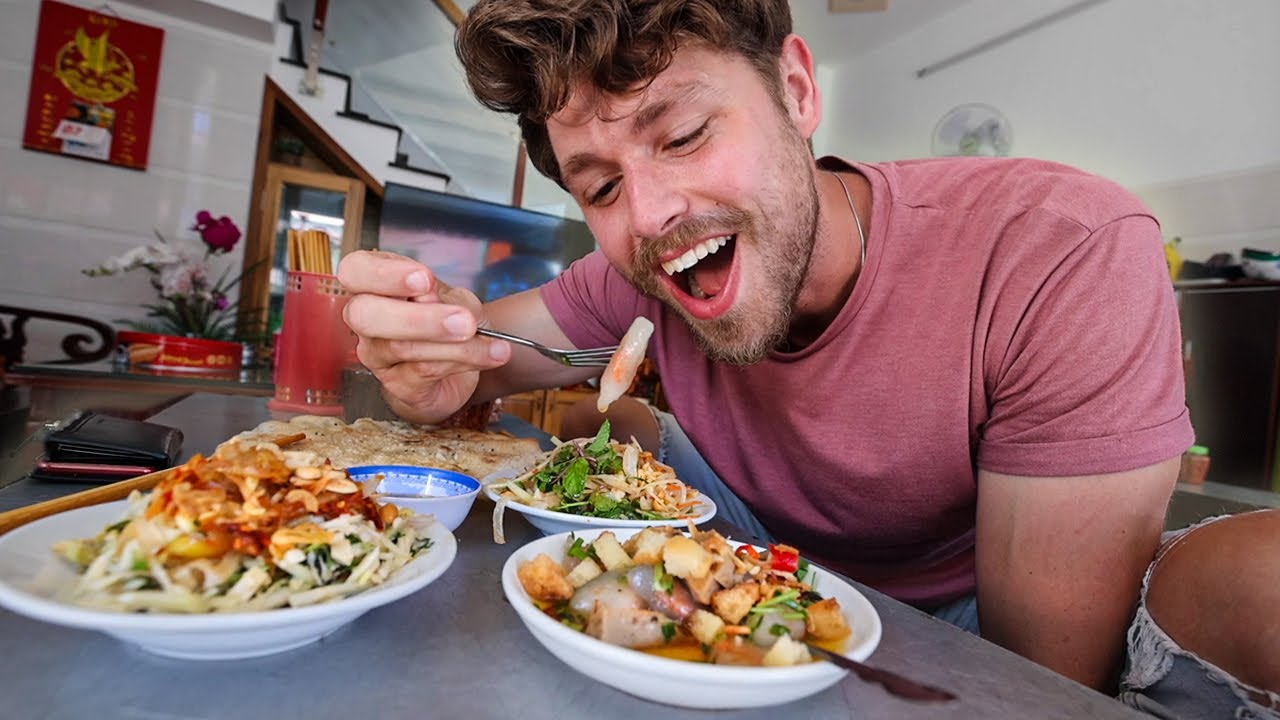 Download The BEST $0.52 Dish in VIETNAM!!!