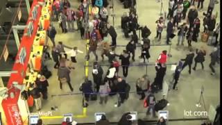La compagnie aérienne LOT fait un flashmob