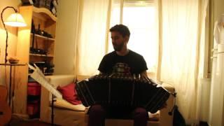 Solo de Bandoneon, tango Margarita Gauthier de Joaquin Mora. Arreglo Astor Piazzolla