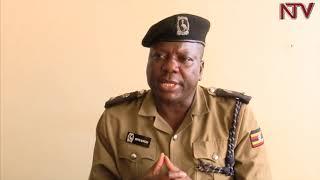 Paasita yiga asiibye ku poliisi ng'emukunya ku by'okusuulirira omwana thumbnail