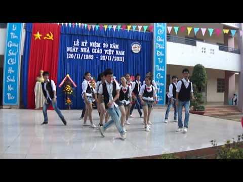 Nhảy hiện đại - 11a2 THPT Nguyễn Trãi - Văn nghệ 20.11