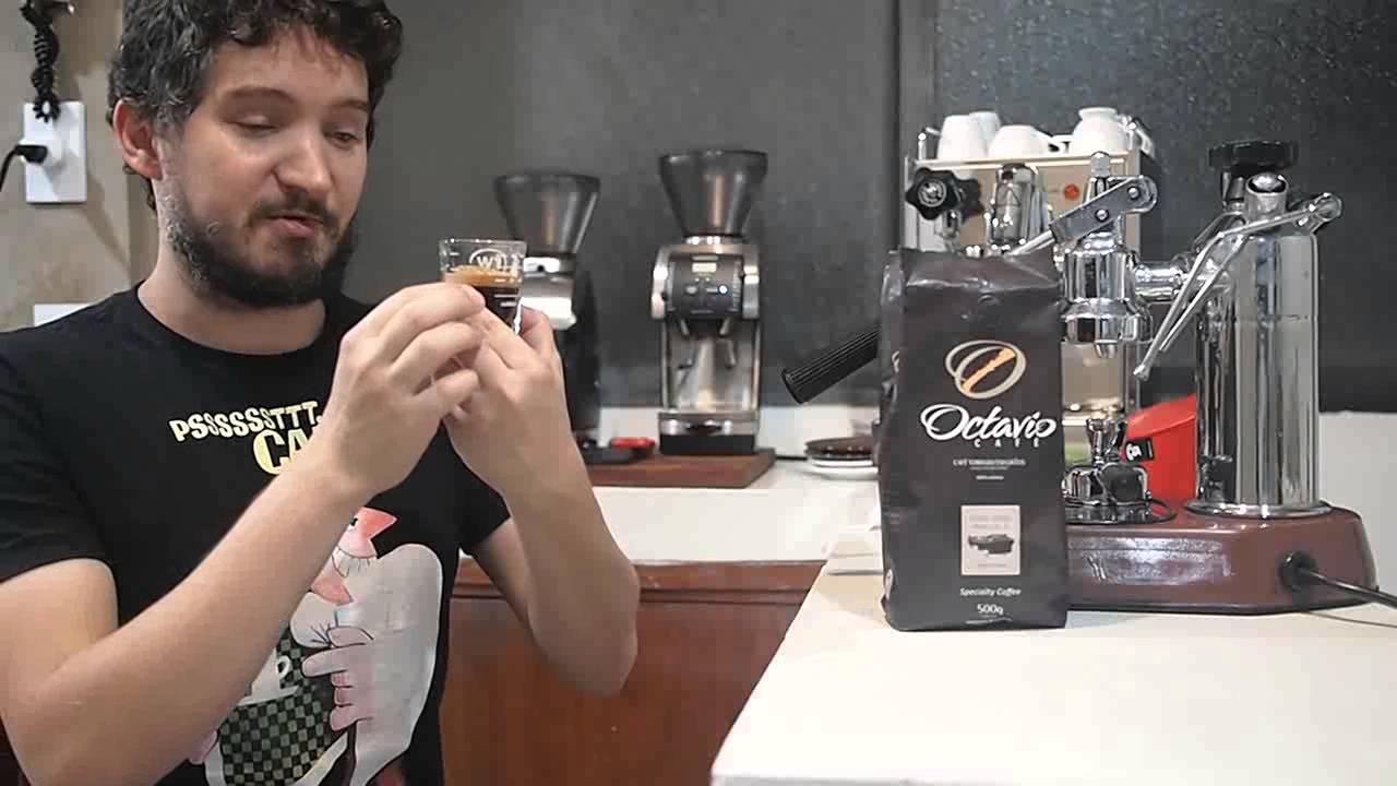02   Coffee Review: Octavio Café em grãos