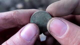 Metal Detecting & Bottle Hunting 01: Learning to Find Coins with the Fisher F2
