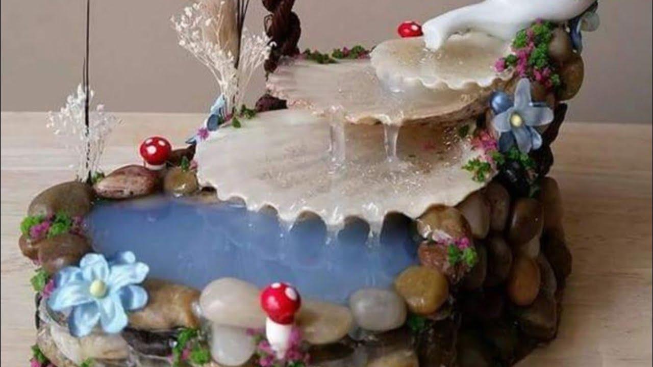 كيف تصنع شلال بفلين  الأشجار والأحجار بمواد طبيعية و مسترجعة. DIY  Hot glue waterfall