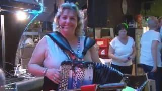 "Erika ""  la princesse de l'accordéon """