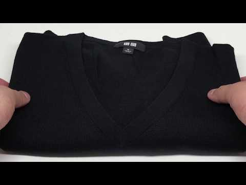 Uniqlo Men Extra Fine Merino V-Neck Sweater Black in 4K