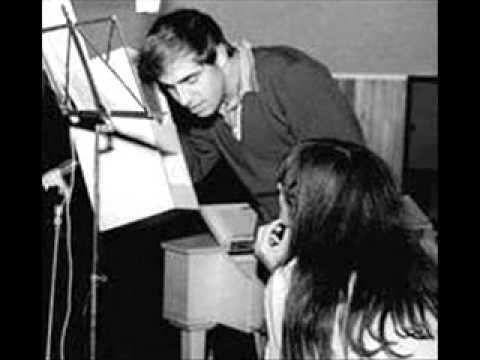 Adriano Celentano Il ragazzo della via Gluck (Sanremo 1966 con presentazione)