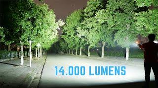 Review đèn pin siêu sáng Olight Marauder 2 - 14000 Lumens!
