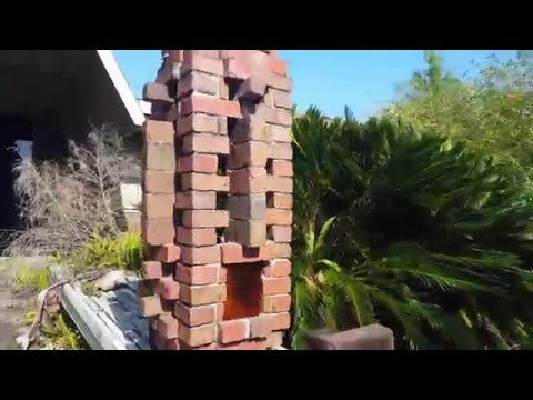 Abandoned Luxury Home - Bartow Florida - Neil Schweizer / Frank Lloyd Wright Inspired
