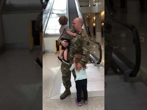 The Randy, Jamie and Jojo Show  - Soldier Returns From Deployment