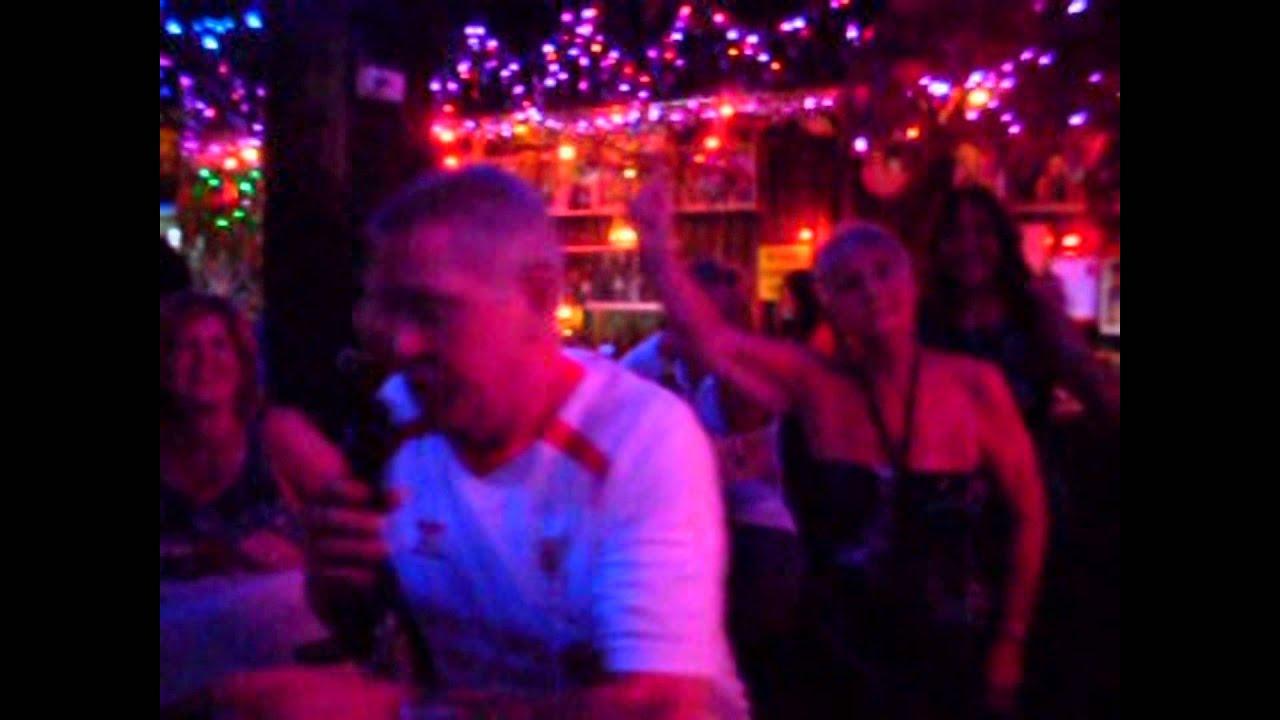 Princesses: Karaoke Night