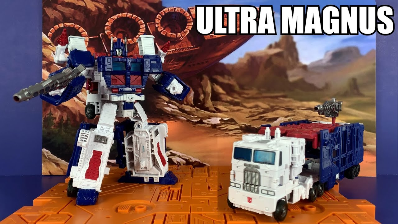 Transformers Kingfom Ultra Magnus Unboxing and Review by Enewtabie