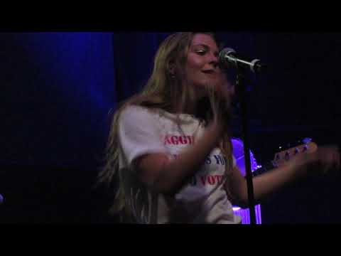 """Maggie Rogers - """"Say It"""" (Live In Boston)"""