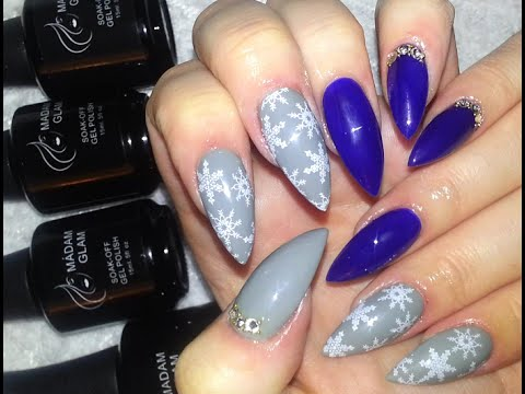 winter chic acrylic nail design